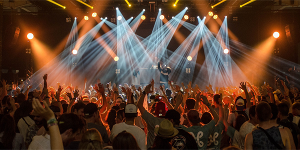 Nielsen Releases In-Depth Statistics on Live Music Behavior: 52 Percent of Americans Attend Shows