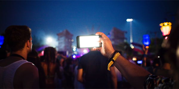 Eventbrite Study: Majority of Gig-Goers Irritated by Mobile Phones at Live Events